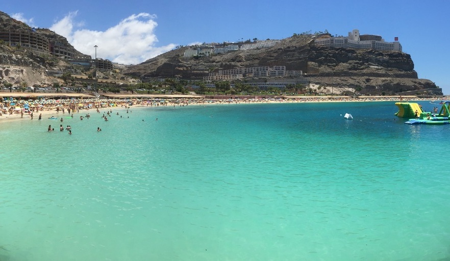 beautiful beaches of gran canaria