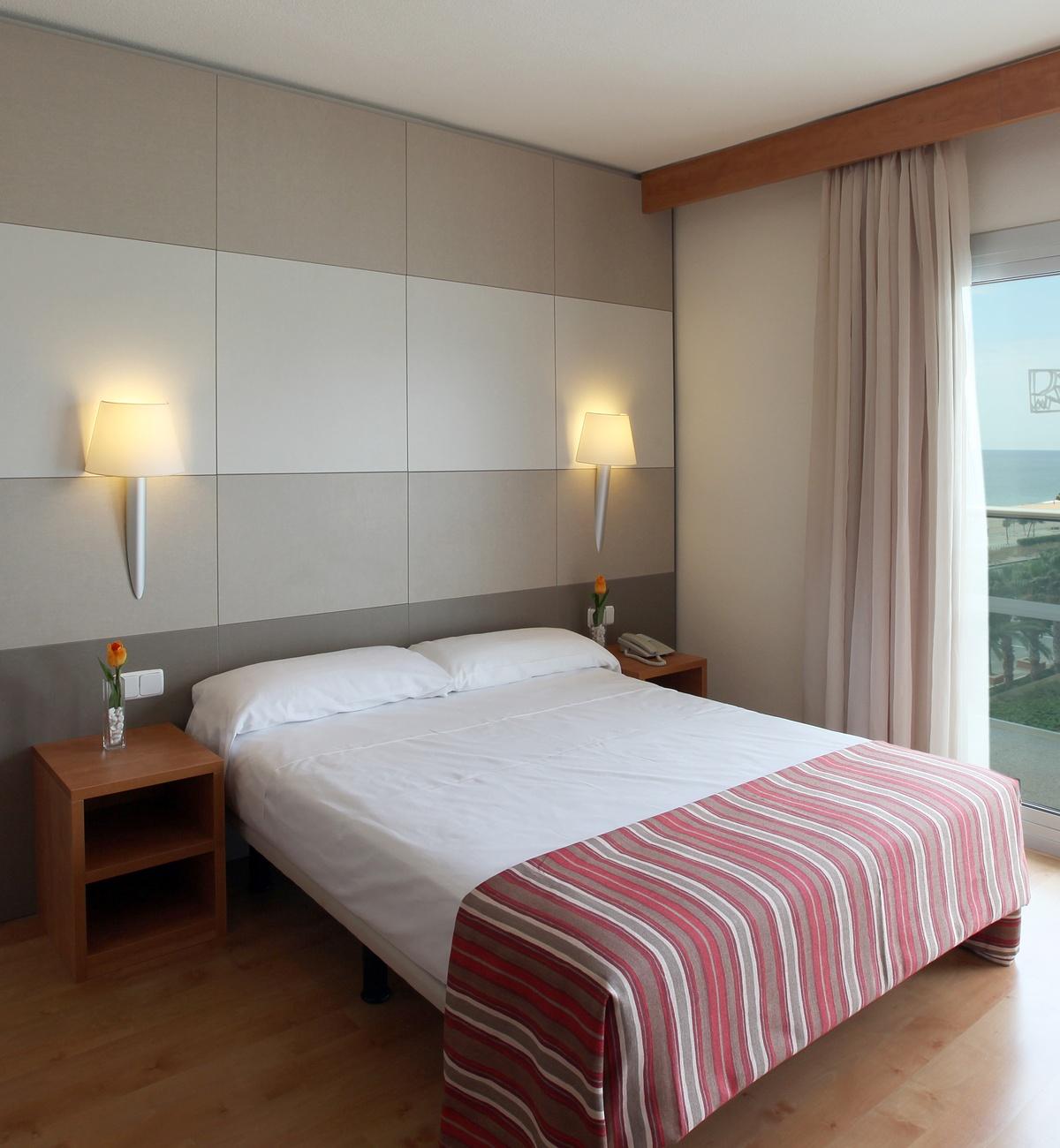 rooms hotel golden taurus aquapark resort pineda de mar