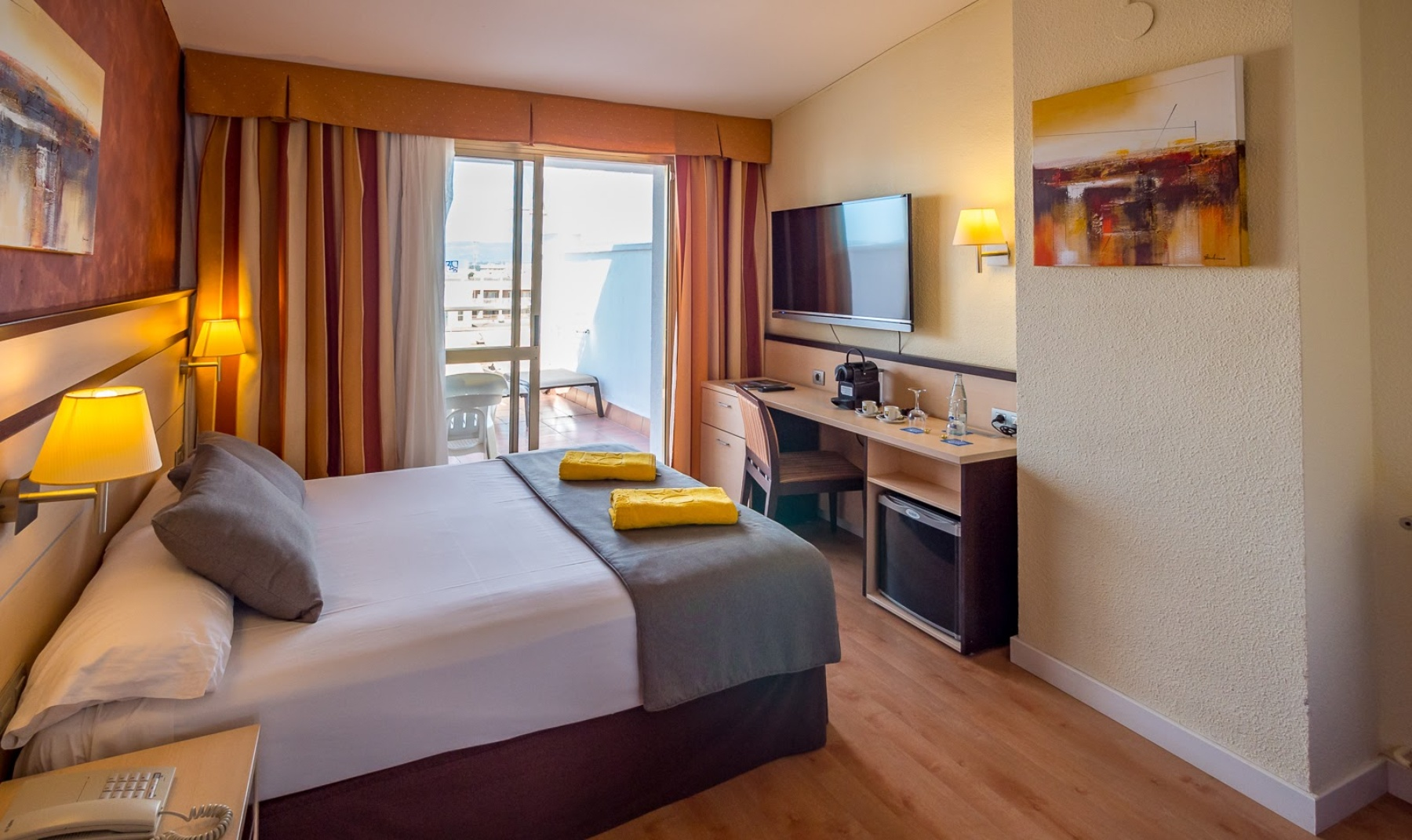 Hotels in Salou for children all inclusive family rooms Salou