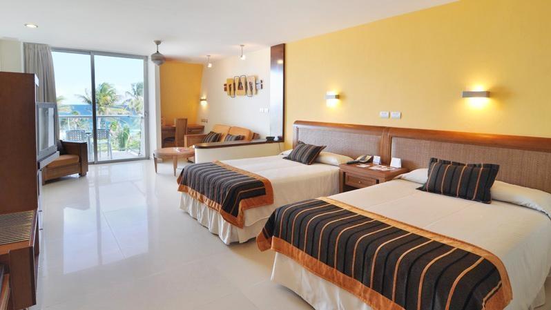 Sirenis tropical suites casino spa 13