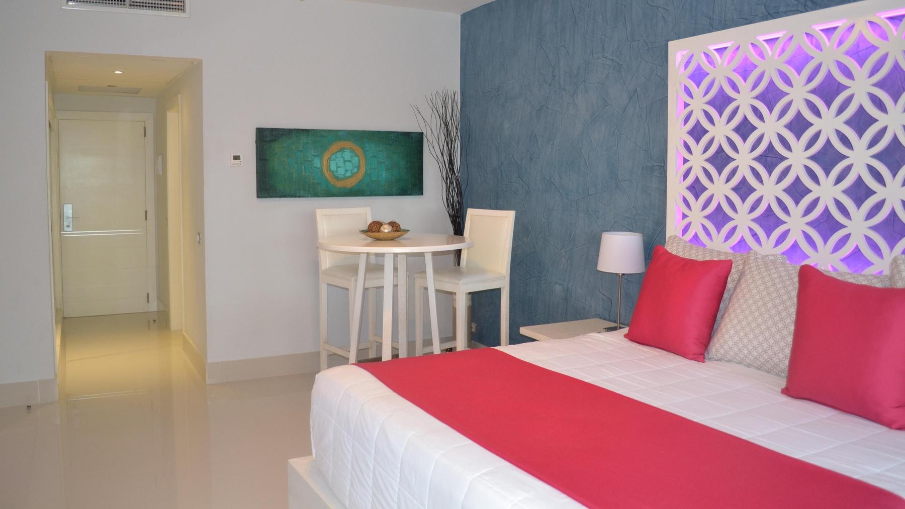 Sirenis cala llonga resort pool picture of sirenis cala llonga - Club Premium Room