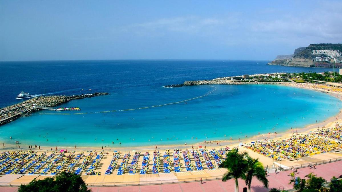 Playa de amadores en gran canaria hoteles dunas for Hoteles 4 estrellas gran canaria