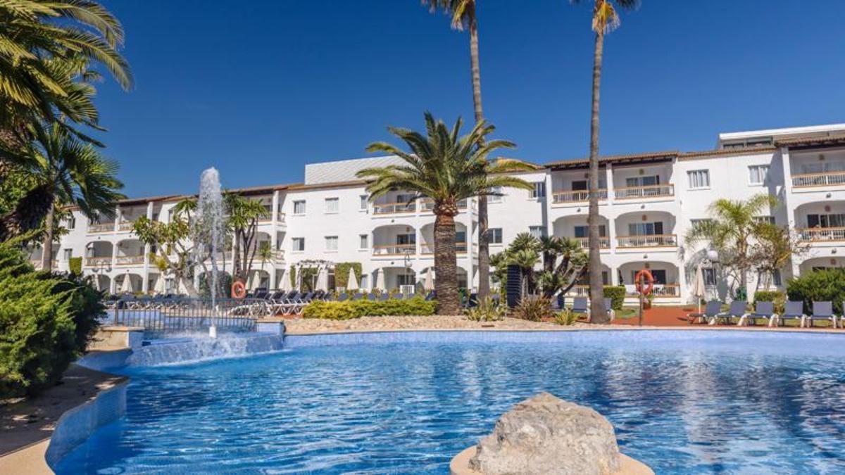 Alcudia garden aparthotel web oficial hotel alcudia for Apartahoteles familiares playa