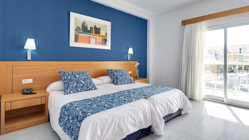 Habitaci n familiar cabogata garden hotel spa for Hotel habitacion familiar ibiza