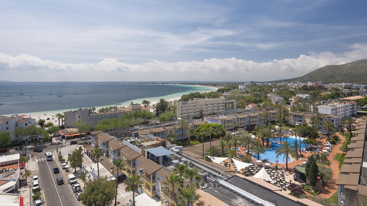 Alcudia garden aparthotel offiziellen website hotel for Katzennetz balkon mit hotel palm garden alcudia