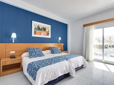 Habitaciones cabogata garden hotel spa habitaciones el for Habitacion hotel familiar palermo