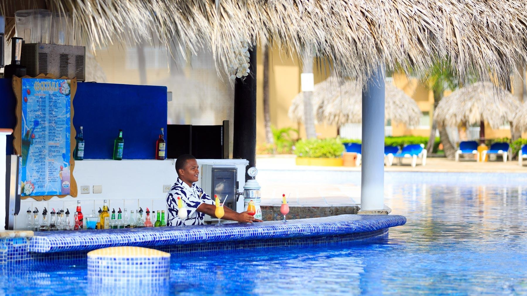 Grand Sirenis Tropical Suites