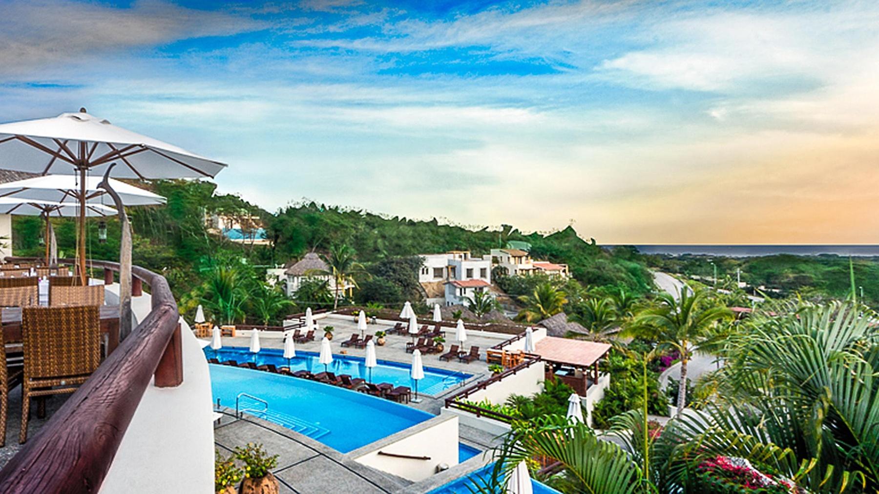 Grand Sirenis Matlali Hills Resort Spa