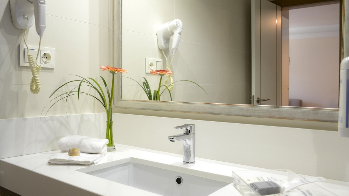 Junior Suite BathRoom | Hotel Atlantis Corralejo
