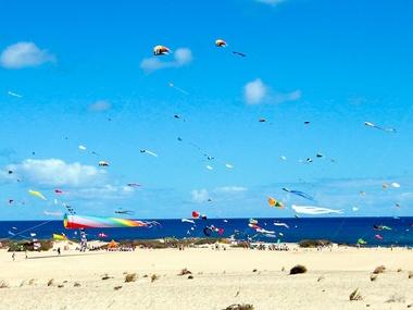 Vuelo de cometas - Actividades Hotel Fuerteventura