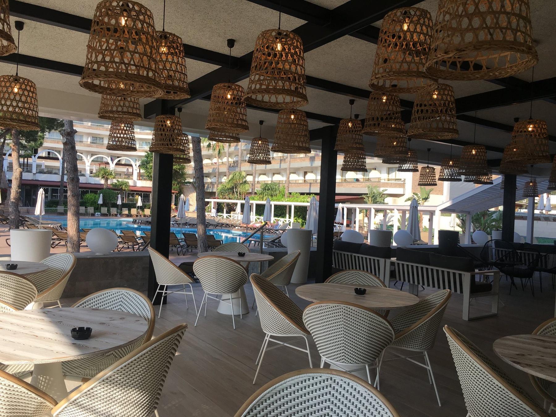 nuevo bar hotel Costa Dorada Salou