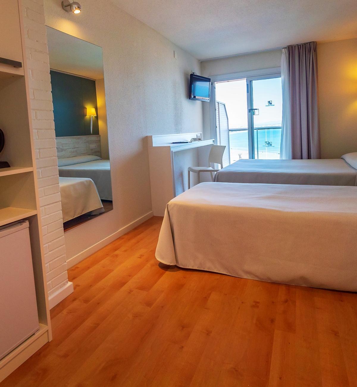 habitacion hotel playa Salou
