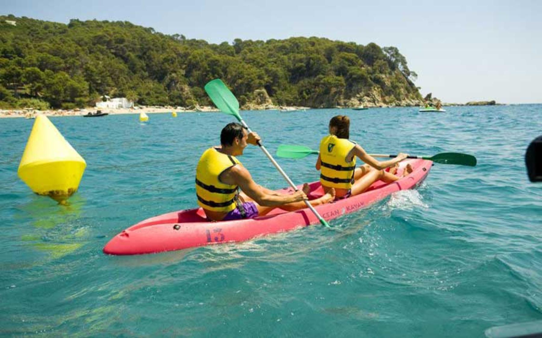 hotel activitats submarinisme busseig aquàtiques  esports nàutics