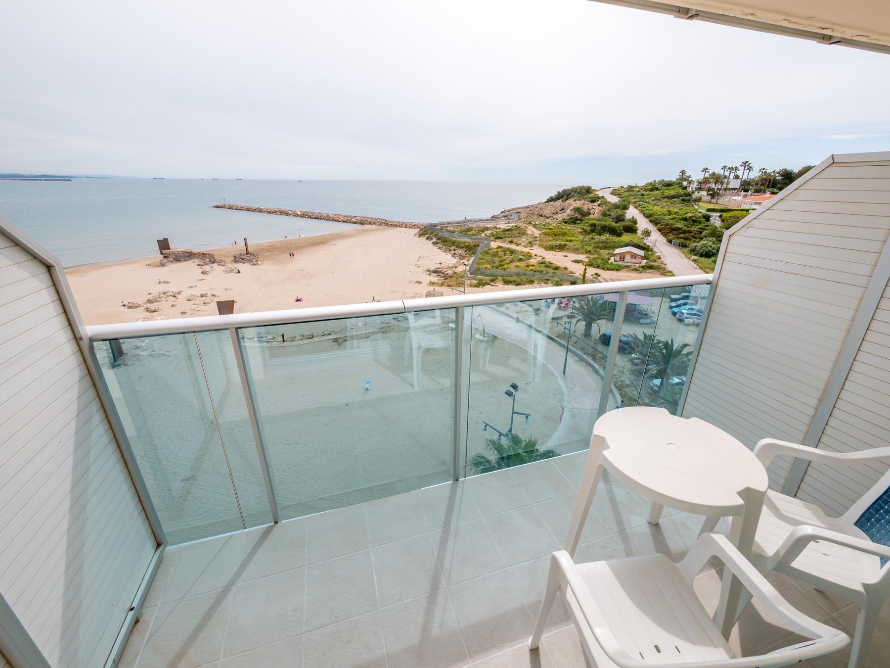hotel room beach Salou