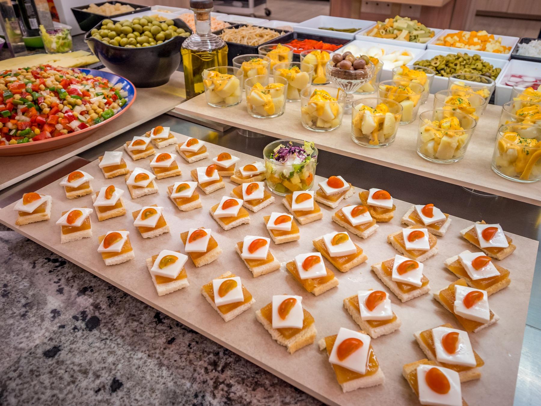 hotel pensión completa Salou restaurante Costa Dorada buffet