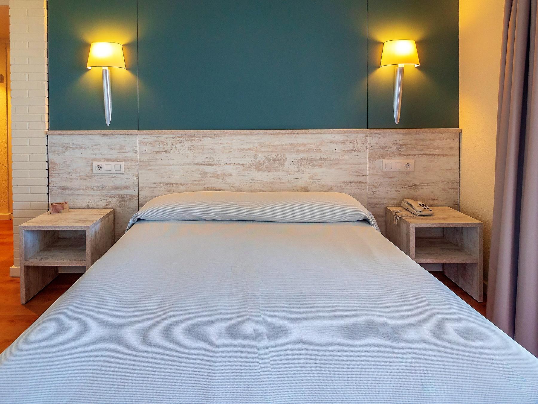 habitaciones hotel familiar playa Salou
