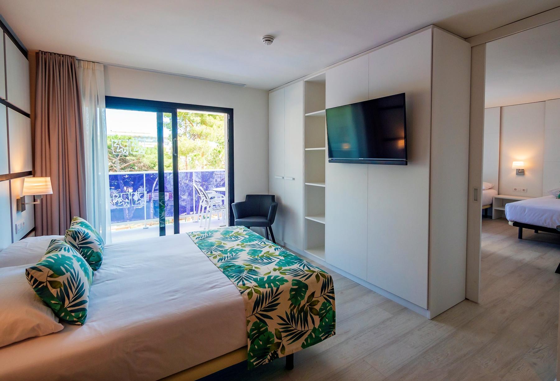 habitació Family Suites Costa Daurada suite