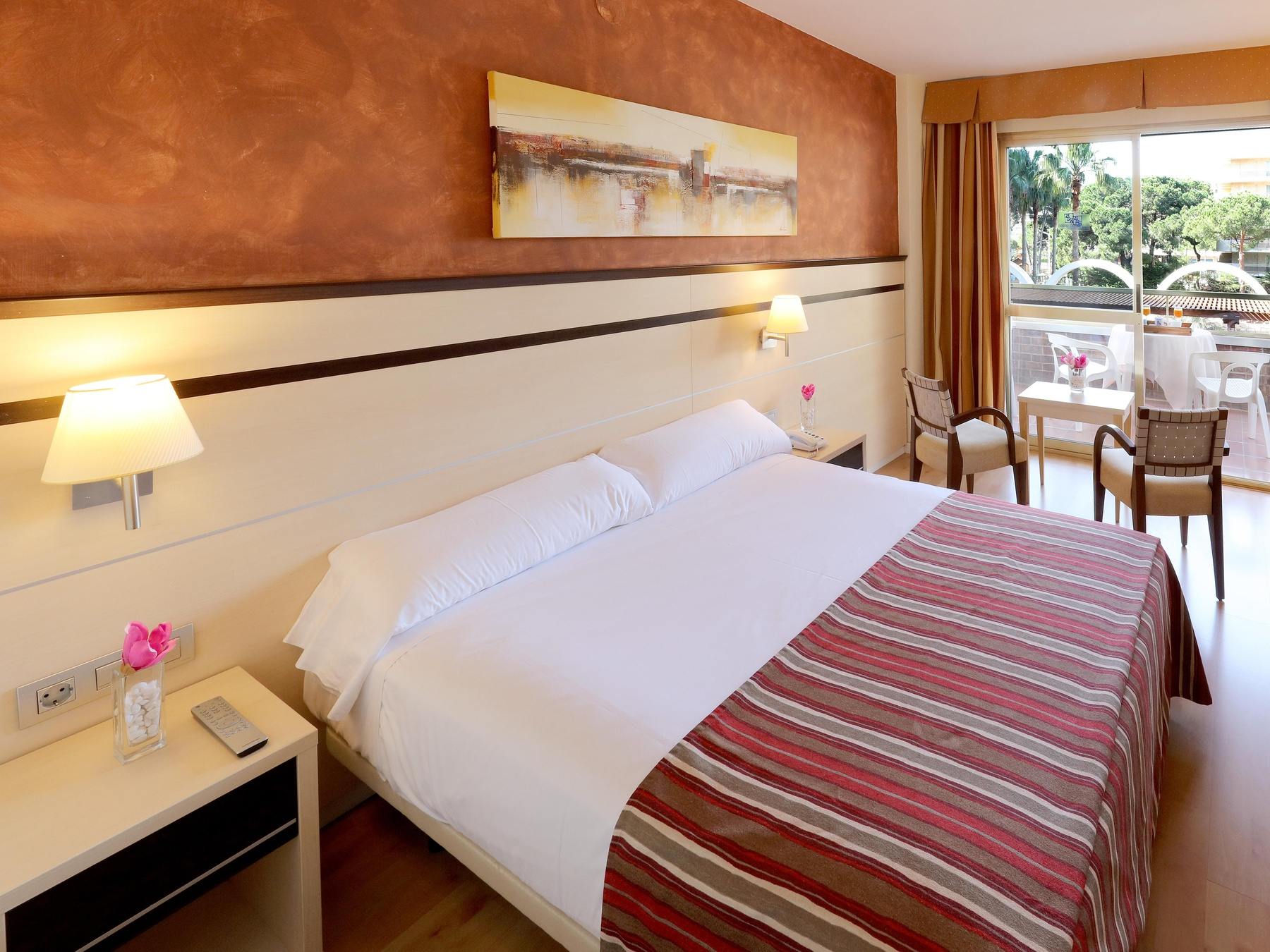 hotel habitaciones familiares Salou Costa Dorada