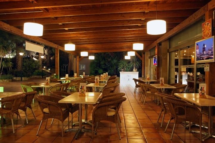 Snack Bar Capri