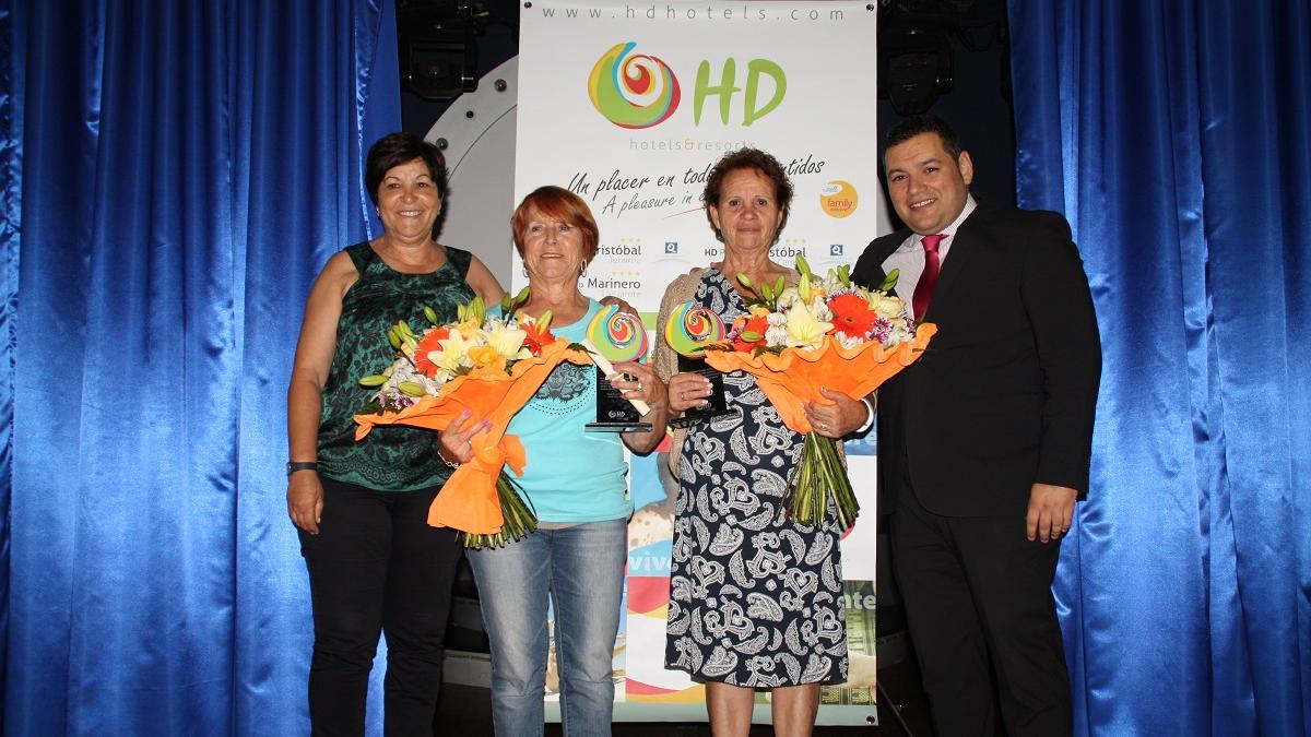 HD Parque Cristóbal Tenerife de celebración por sus trabajadores