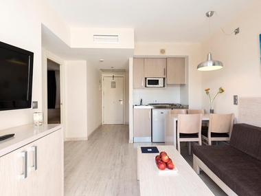 2 Bedroom Apartment Palm Garden