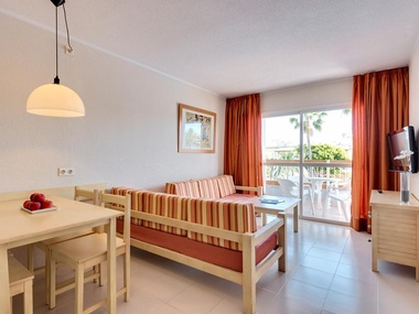 Pool View Apartment Alcudia Garden Aparthotel