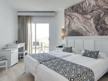 Double Standard Room Cala Millor Garden Hotel
