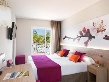 Double Standard Room Garden Holiday Village Hotel