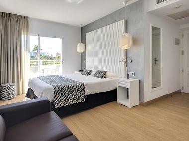 Double Superior Room Cala Millor Garden Hotel