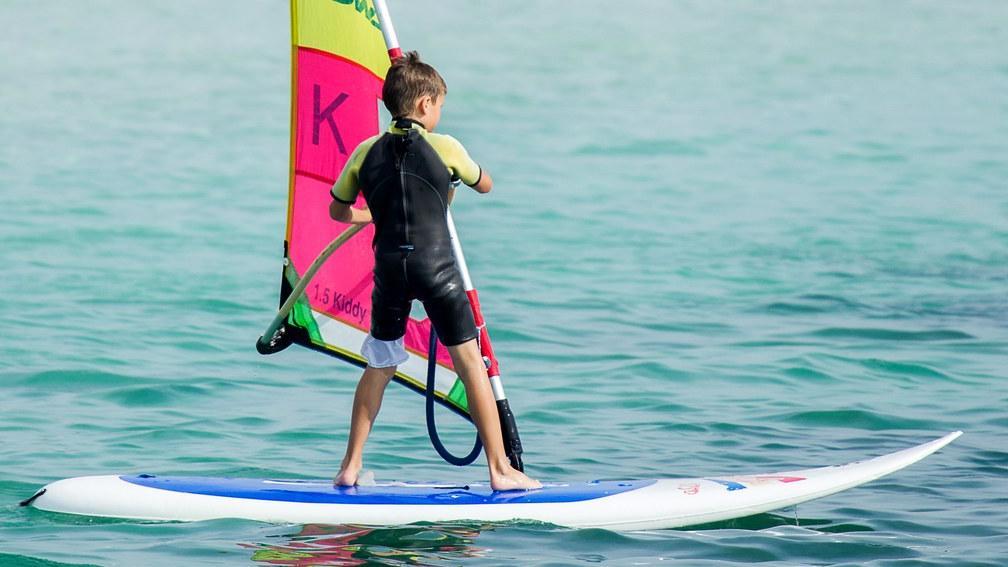 Surf, windsurf, buceo, vela...¿Te animas?
