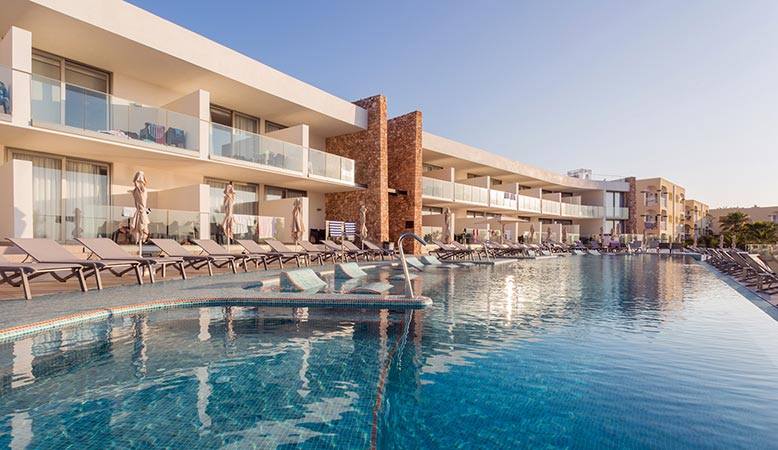 Sirenis Hotels & Resorts llevará a cabo a una reforma integral del Sirenis Hotel Club Aura