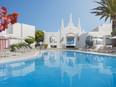 swimming-pools-atlantis-fuerteventura