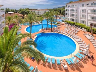 Pool View Apartment Green Garden Aparthotel